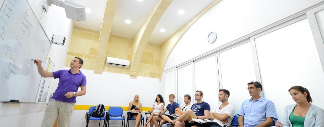 Sala de aula moderna