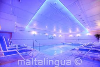 Spa com piscina em Alexandra Hotel, St Julians