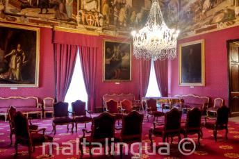 Sala do palácio em Valletta