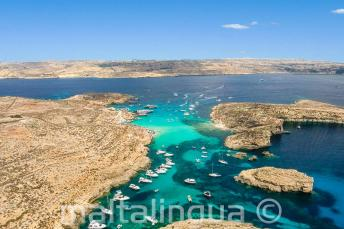 Foto aérea de Blue Lagoon, Comino, Malta