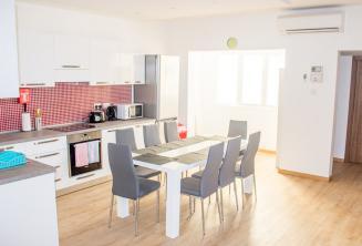 Escola apartamento cozinha sala de jantar