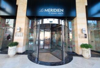 Entrada do Meridien hotel em St Julians