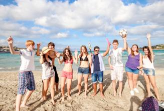 Estudantes na praia